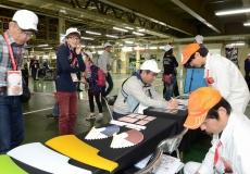 ヤチヨ展示では樹脂パーツの特別色が登場、ご契約ありがとうございます!